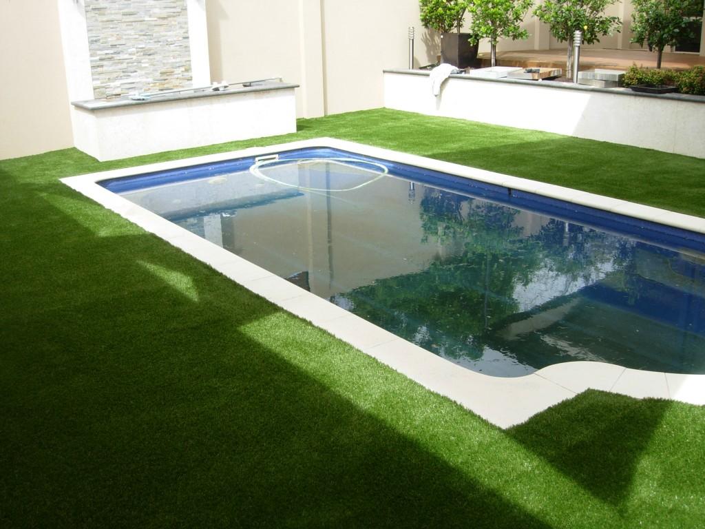 Pool area Como, Perth fake lawn