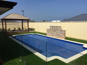 Meadow Cool fake turf and lawn around Michelle in lakelands, Mandurahs new pool area 1
