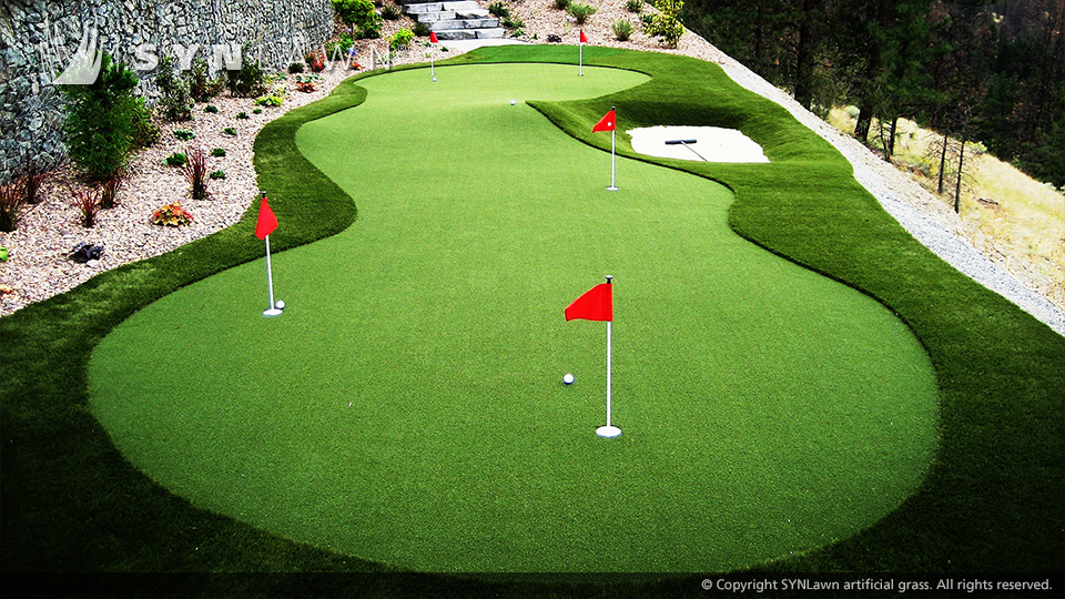 Putting Greens - Go Greener Synthetic Lawns